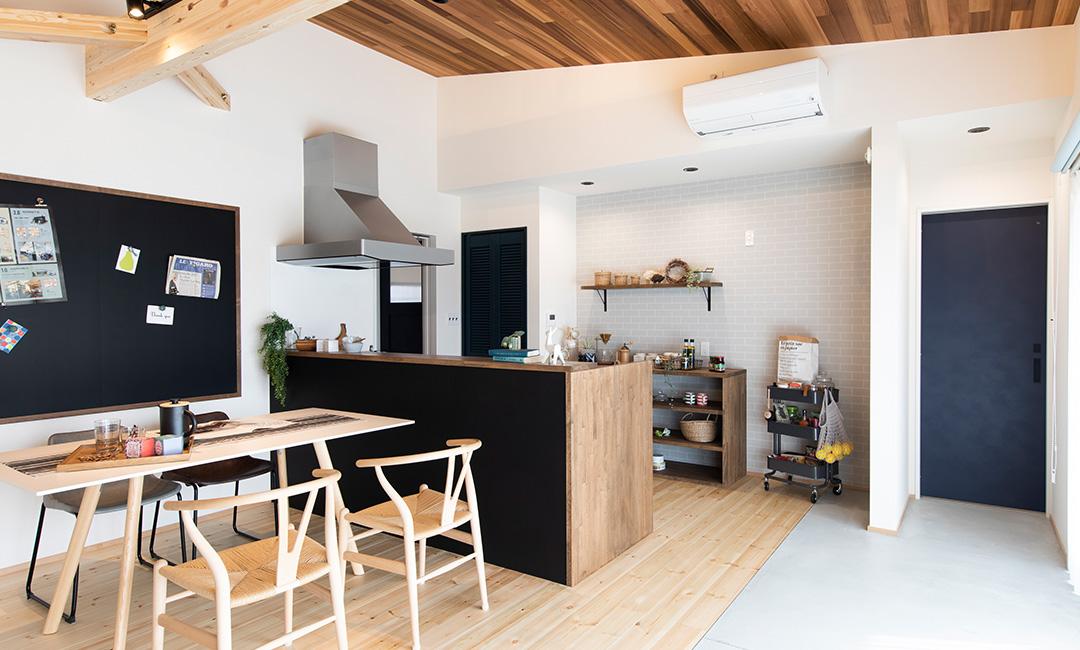 楽家事動線とワーキングスペースの快適平屋HOUSE
